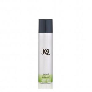 Texture It Styling Mist 300 ml con doppio potere di tenuta, dona un'eccezionale lucentezza e splendore
